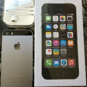 IPHONE 5S, 16GB WITH TELUS. ONLY 8 MONTHS OLD!!!