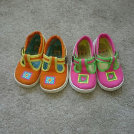 7d105044e381 Girls Bundle of 6 pairs of Winter and Summer Shoes size 5 clarks