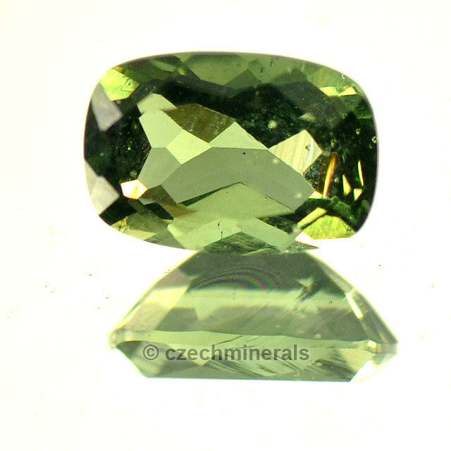 0.72cts rectangle cushion 5x7mm moldavite faceted cutted gem BRUS597