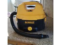 DeWalt DC500 Wet & Dry Vacuum Cleaner Hoover 240 volt and battery