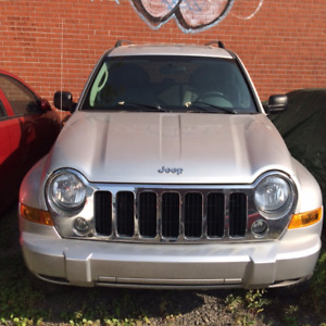 Jeep liberty 2007 full equiped - $5300 Nego