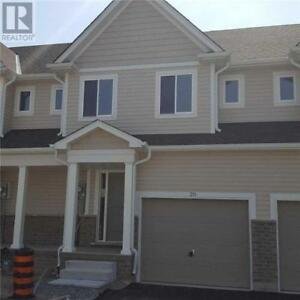 #20 -60 CANTERBURY DR St. Catharines, Ontario