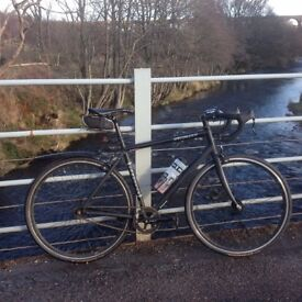 Specialized's single/fixed speed Langster (Size 54 cm) Good condition and smooth ride
