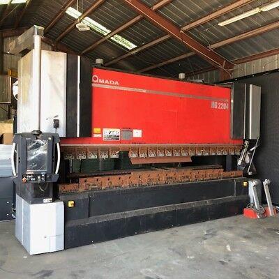 2014 Amada Hg2204 220 Ton X 14 Bed Cnc Press Brake Major Discount Needs Tlc.