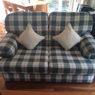 2 seater and 3 seater couches Beaumaris Bayside Area Preview