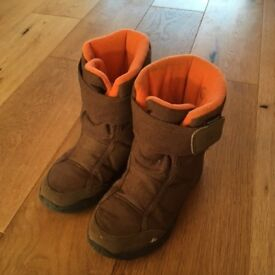 Child's size 12 winter boots