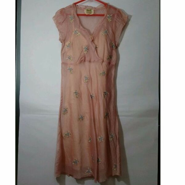 CB1 Dress with Flowers embroidered (size 2) - Pink