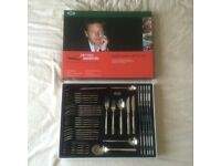 CUTLERY SET - BRAND NEW - 44pc.