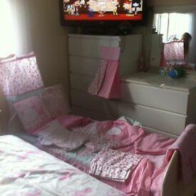 Baby girls/toddler complete nursery set