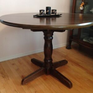 Vintage Dining Table & Chair Set