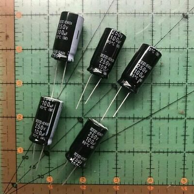 0.0022uF  2.2nF  2200pF 100V Axial Ceramic multilayer MLCC Capacitors Qty 20 NOS