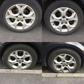 Vauxhall 5stud alloys