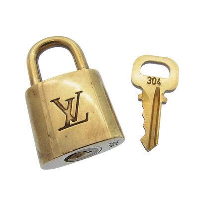 Auth Louis Vuitton cadena & key logo / unisexused D710