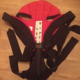 BABYBJORN Baby Carrier Active, Black/Red