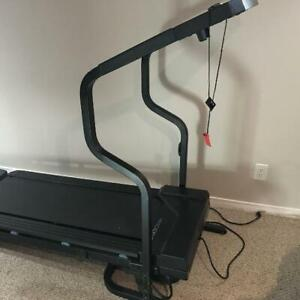 Weslo Cadence Motorized Treadmill - Folding with Incline