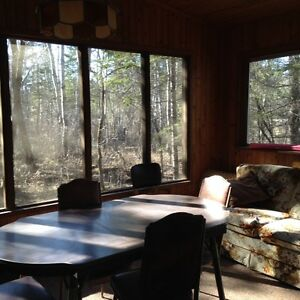 Cottage 10 Minutes North of Gimli in Spruce Sands