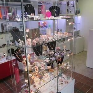 Commercial Jewelry Display Tower NEGOTIABLE