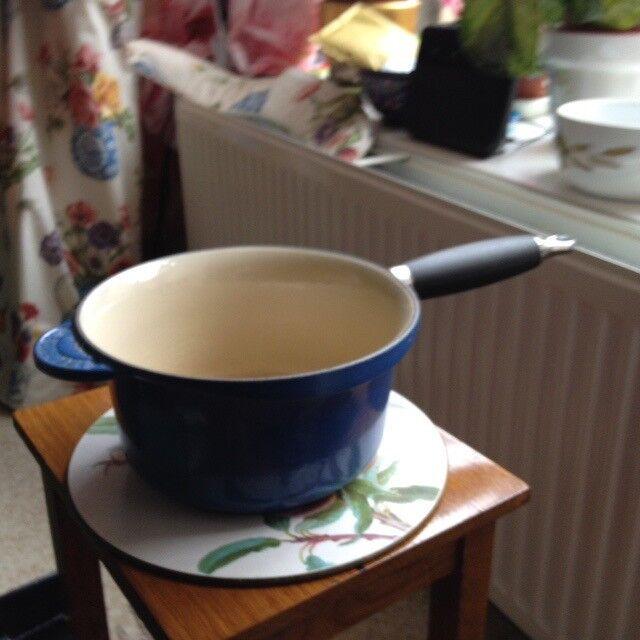 BLUE LE CREUSET SMALL PAN
