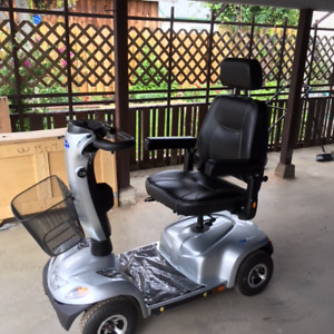 FOR SALE: SCOOTER: INVACARE PEGASUS, 4 Wheel