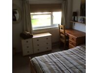 LOVELY LARGE DOUBLE ROOM WITH MASSIVE WARDROBE (STUDENT)