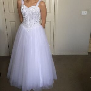DEB DRESS (Miss Gowns) - NEED GONE Berwick Casey Area Preview
