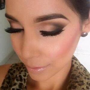 AFFORDABLE PRO MAKEUP AND HAIR INDIAN/MIDEAST/PAKISTANI Kitchener / Waterloo Kitchener Area image 2