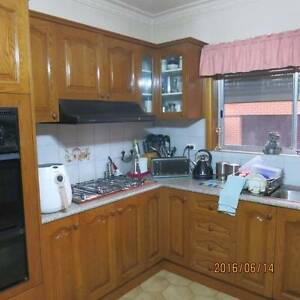 KITCHEN CUPBOARDS & PANTRY (AMERICAN OAK) Pascoe Vale South Moreland Area Preview