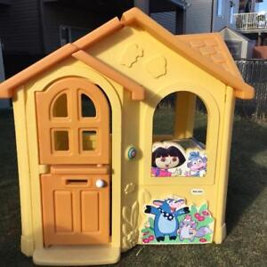 Little Dora house for kids