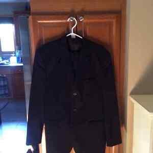 2 piece suit Sarnia Sarnia Area image 1