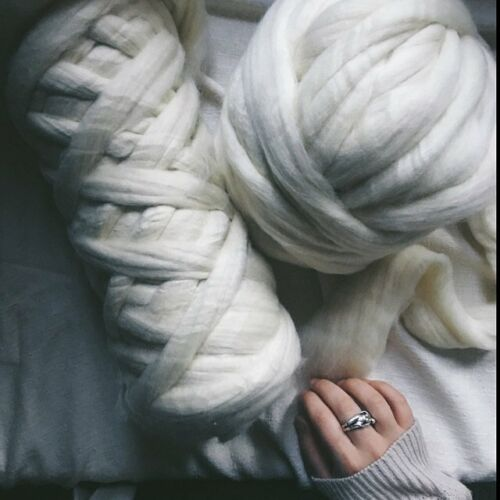 10 lbs Bulk Wool Roving, Easily Knit a Chunky Blanket With This Chunky Yarn