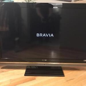 """46"""" Sony Bravia HD LCD -  Excellent Condition Like New"""