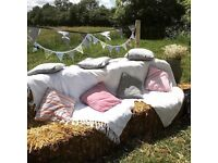 Wedding throw and 6 x cushions for bales