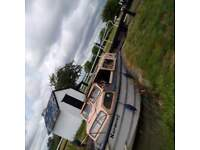 27ft GRP dales craft boat for quick sale £ 3500 final price.