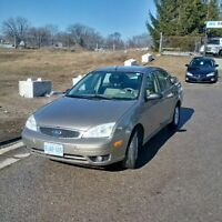 2005 Ford Focus Sedan***