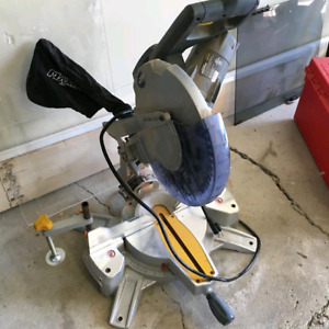 "Mastercraft MAXIMUM 12"" Mitre Saw"