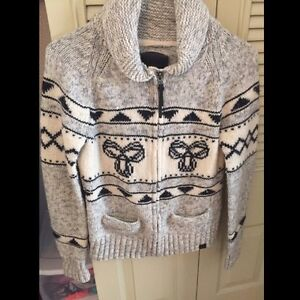 SMALL TNA knit zip up sweater