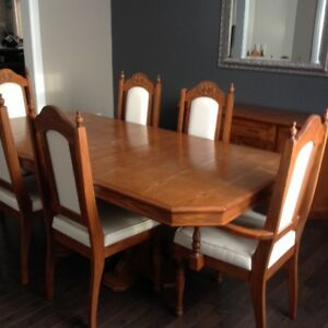 Dining Table With Buffet Hutch For Sale