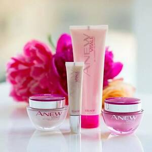 Anew Vitale Skin Care Items - New