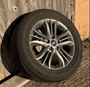 "17"" All Season Tires (75% tread) on Hyundai Alloy Rims (Tucson)"
