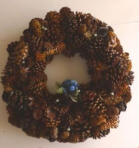 DOOR WREATH MADE OF CONES