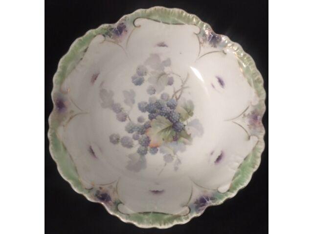 Blackberry pattern C. 1930 porcelain deep bowl from Bavaria