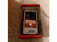 Electro-Harmonix Nano-series Small Stone phase pedal