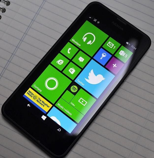 Nokia Lumia 635 4GUNLOCKED ANY SIMAndroid smartphonein Bournemouth, DorsetGumtree - Nokia Lumia 635 4G UNLOCKED ANY SIM Android smartphone great fast smartphone all in good condition can acces latest 4G mobile internet its has been factory reset all ready to pop in any network sim card comes with a charger lead £50 cash only...