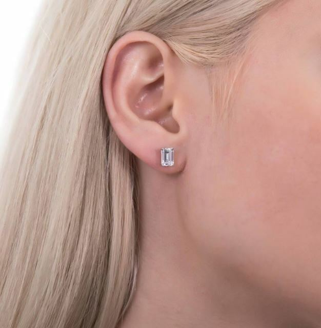Elegant 925 Womens Sterling Silver Emerald Cut Large Solitaire Studs Earrings  1