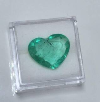 RARE 6.06ct Heart Shaped Natural Emerald WORTH OVER $31,000.