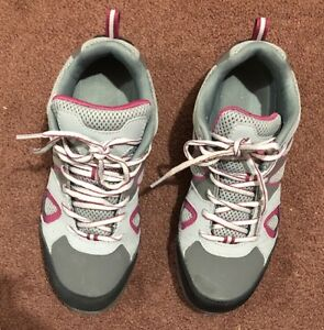 Safety Shoes, Size 7.5 women