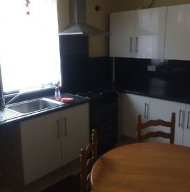 Recently refurbished 2 Bedroom House Minnie Street Keighley