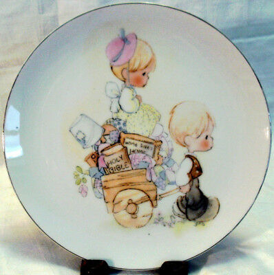 1978 PRECIOUS MOMENTS PLATE from Japan MOVING DAY CART RIDE