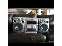 Samsung 3 disk CD/Cassette/Radio Stereo