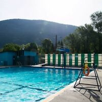SWIM INSTRUCTORS AND LIFEGUARDS WANTED